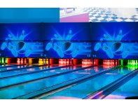 Bowling game with friends