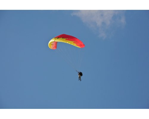 Tandem paragliding with an instructor (1 pers.)
